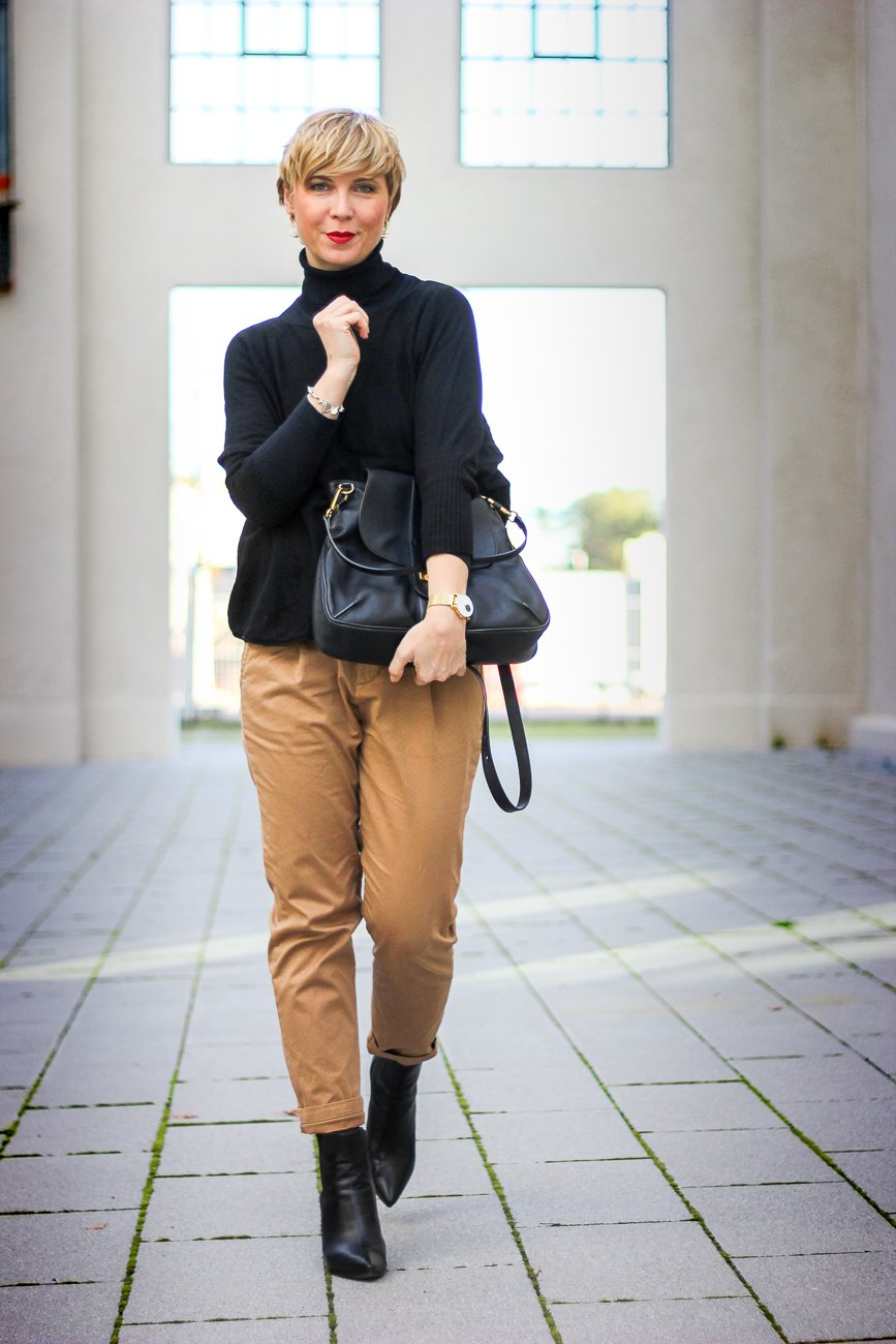 conny-doll-lifestyle: Der Schuhe macht den Look, casual Friday-Outfit, derbe Stiefel vs. Stiefeletten