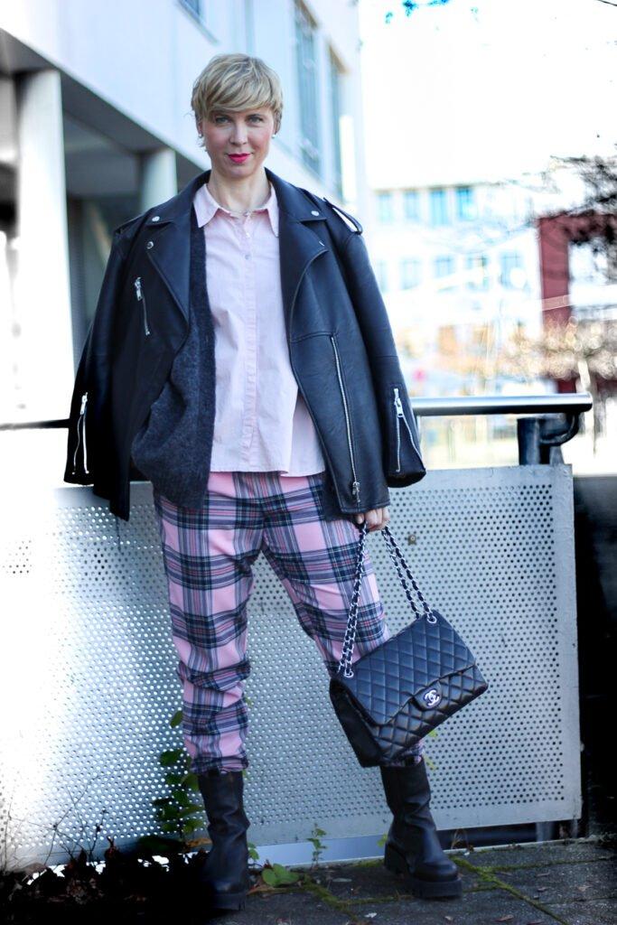 conny doll lifestyle: Queen of Schlabberlook - der Style meines Lebens, Lederjacke, oversized Styling, Boots