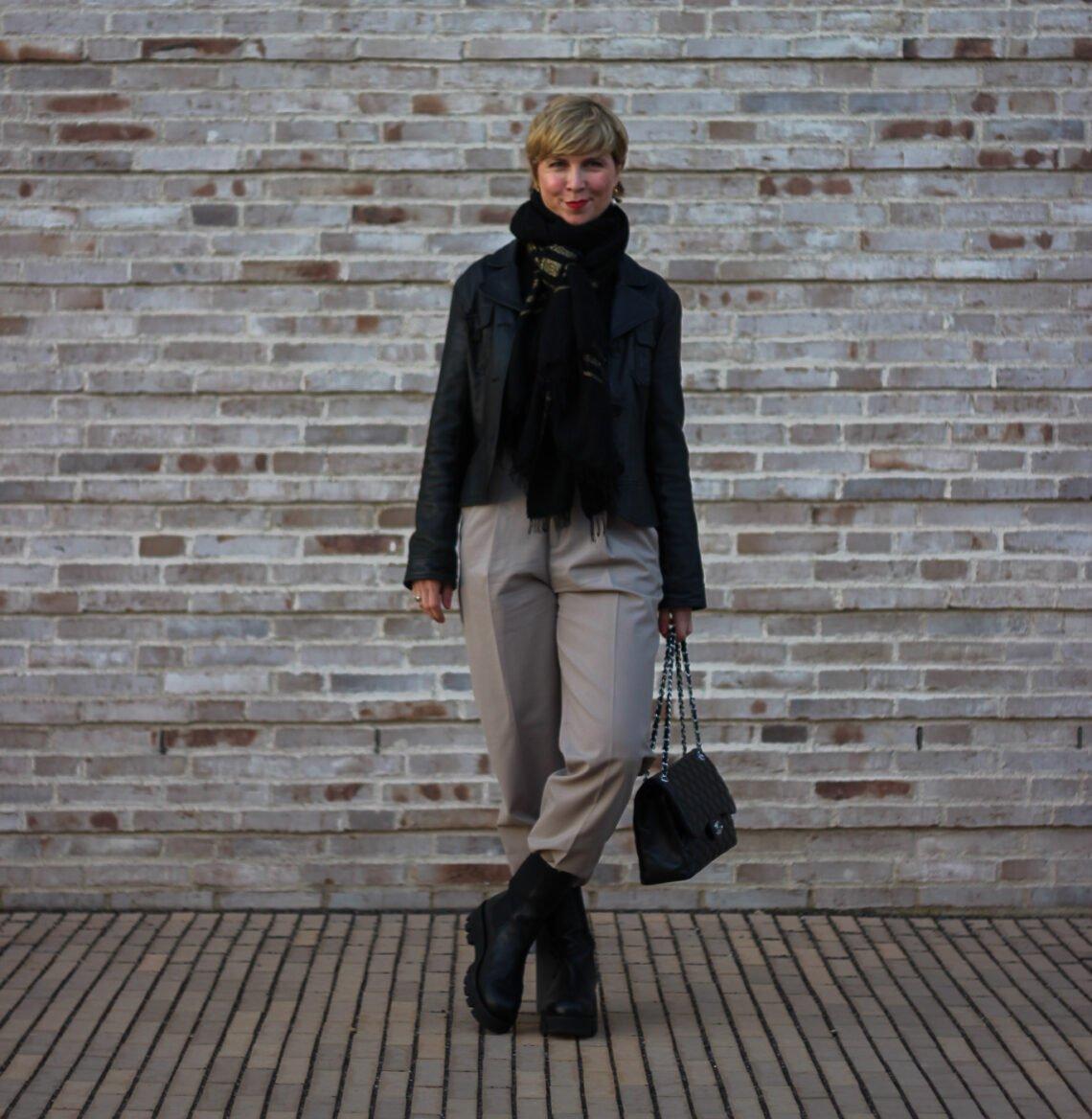 conny doll lifestyle: Bundfaltenhose smart casual gestylt und was mich Weihnachten gelehrt hat