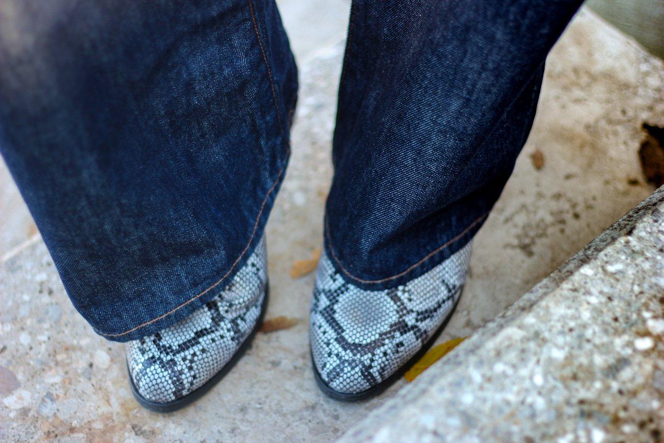 conny doll lifestyle: Snakeprint Schuhe, Stiefeletten, Details, Denim