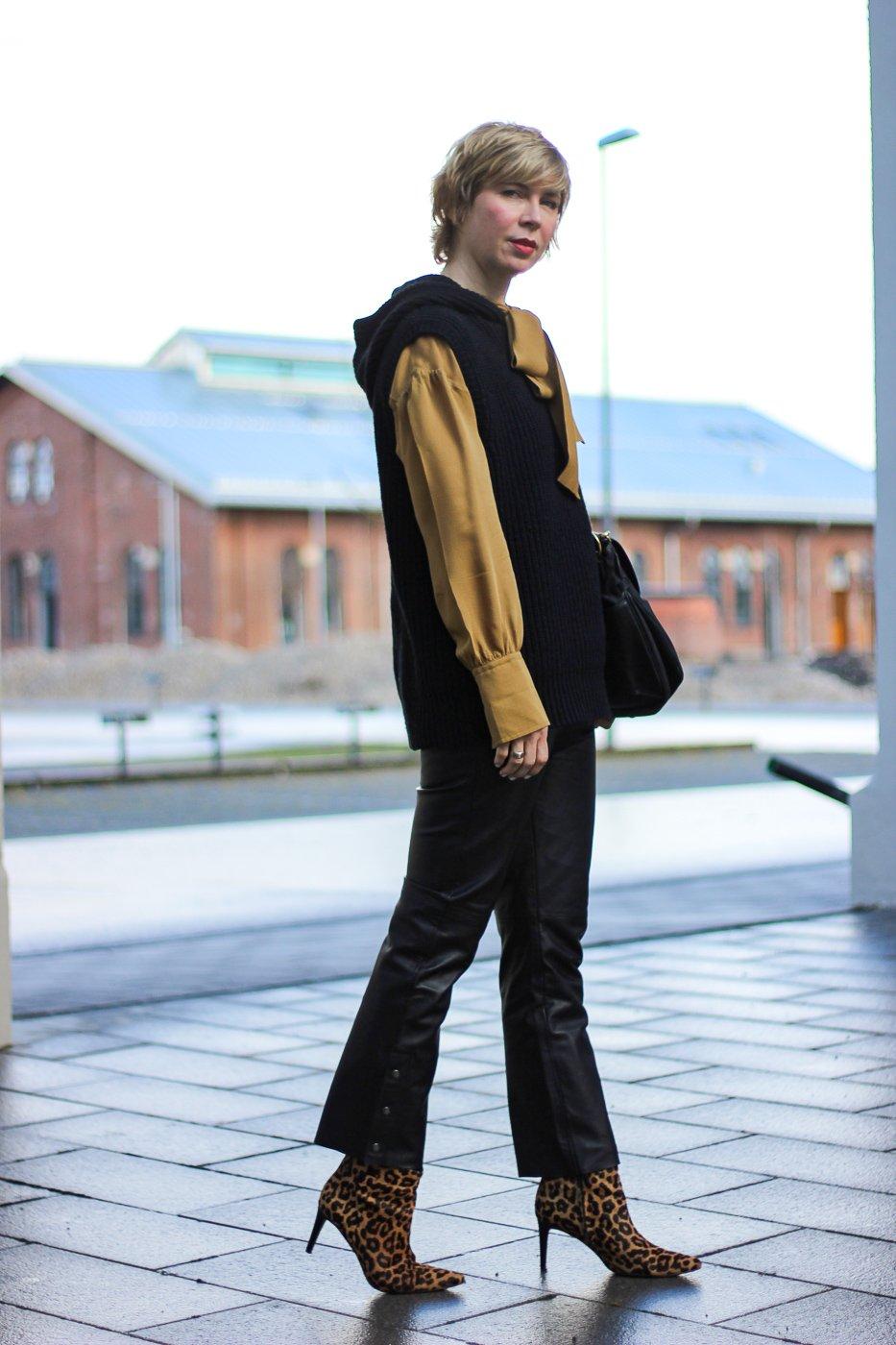 conny doll lifestyle: Animalprint für Anfänger - Leo-Stiefeletten und ein winterlicher Frühlinglook