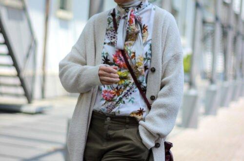 conny doll lifestyle: Eine Strickjacke geht immer - in neutralen Tönen ein perfekter Begleiter