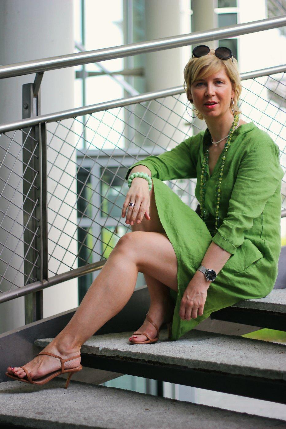 Mein Budget und das Budget der anderen - grünes Leinenkleid mit Taschen