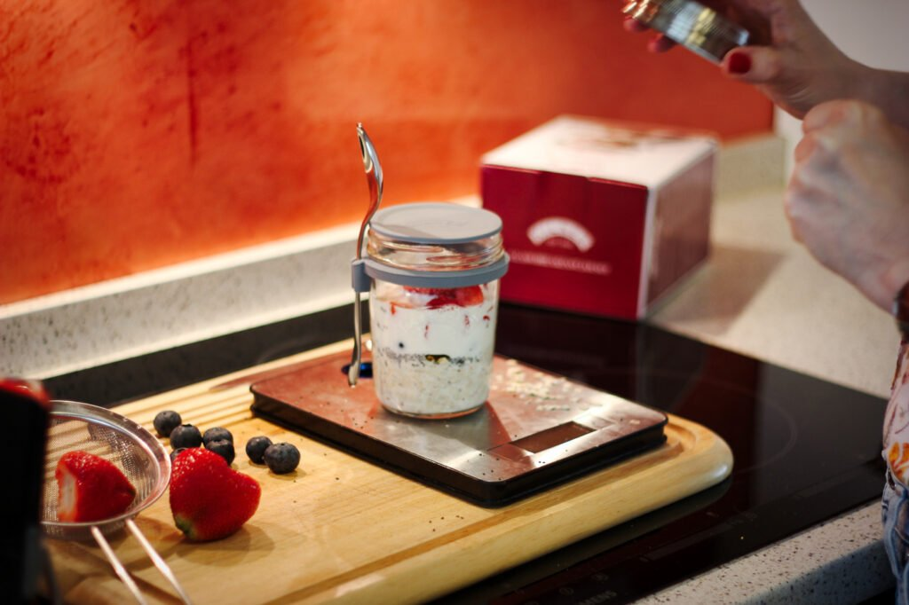 conny doll lifestyle: Zubereitung Porridge für unterwegs, britishe Küchenaccessoires von THE BRITISH SHOP