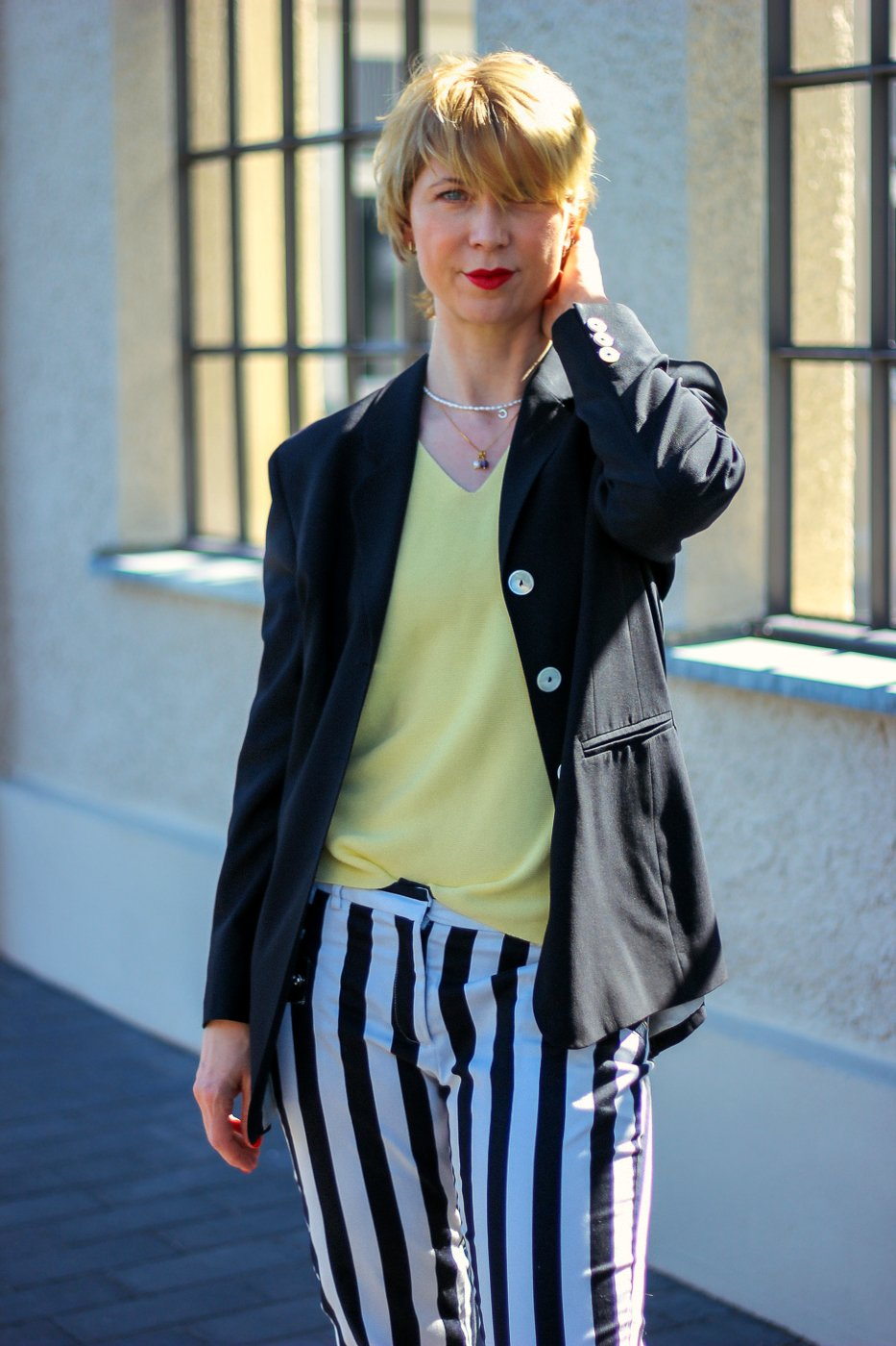 conny doll lifestyle: Blazer, Stylingchallenge, Modeflüsterin, Streifenhose,