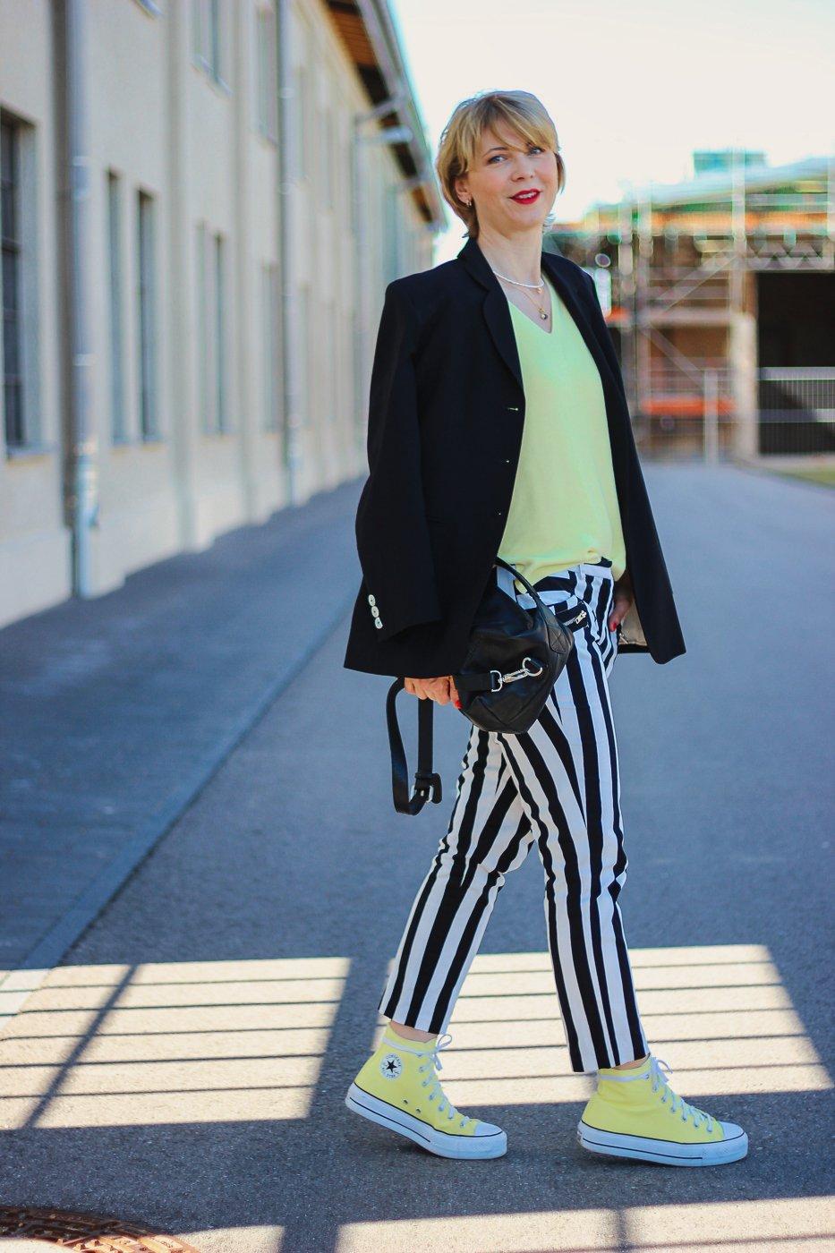 conny doll lifestyle: schwarze-weiß, Stylingschallenge, alte Kleidung, neuer Style