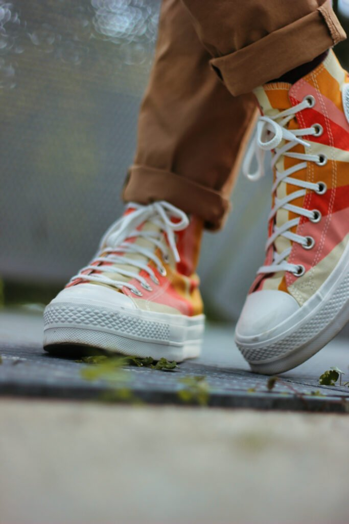 conny doll lifestyle: Converse, Sommerstyle, bunt,