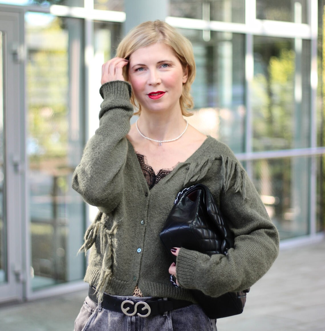conny doll lifestyle: Bewegtbild Abos - Grün und Grau - perfekt für Herbstlooks